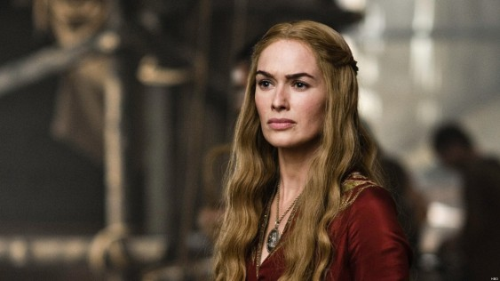 http://www.huffingtonpost.fr/2014/10/06/game-of-thrones-proteger-scene-nu-cersei-coute-cher-spoiler_n_5937886.html